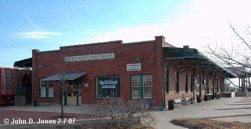 Now serves as a Greyhound Bus terminal and a restaurant.